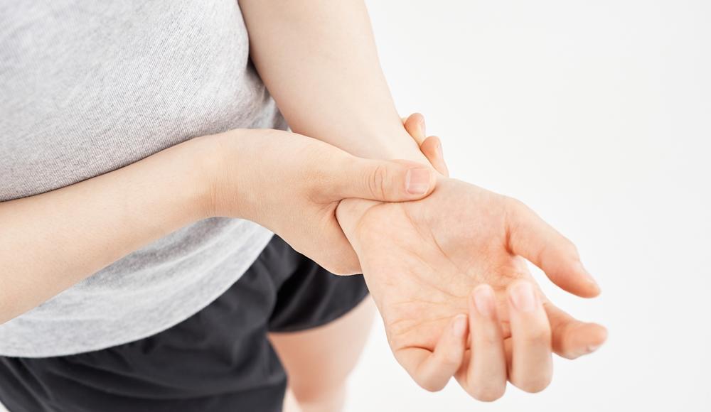 リウマチによる手首痛の対処法